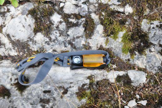 Fenix HL10 – Ultrakompakt, leicht und satte 70 Lumen im Stirnlampen-Review