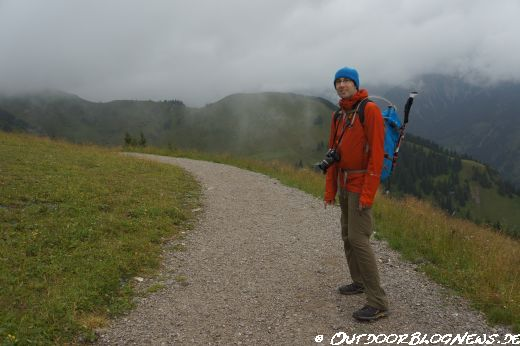 Mountain-Equipment-Micron-Jacket-Produktbild-001.jpg